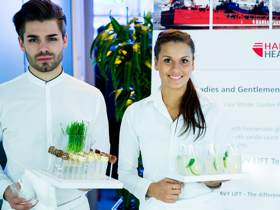 Begrüßung zum Business Catering mit Flying Fingerfood