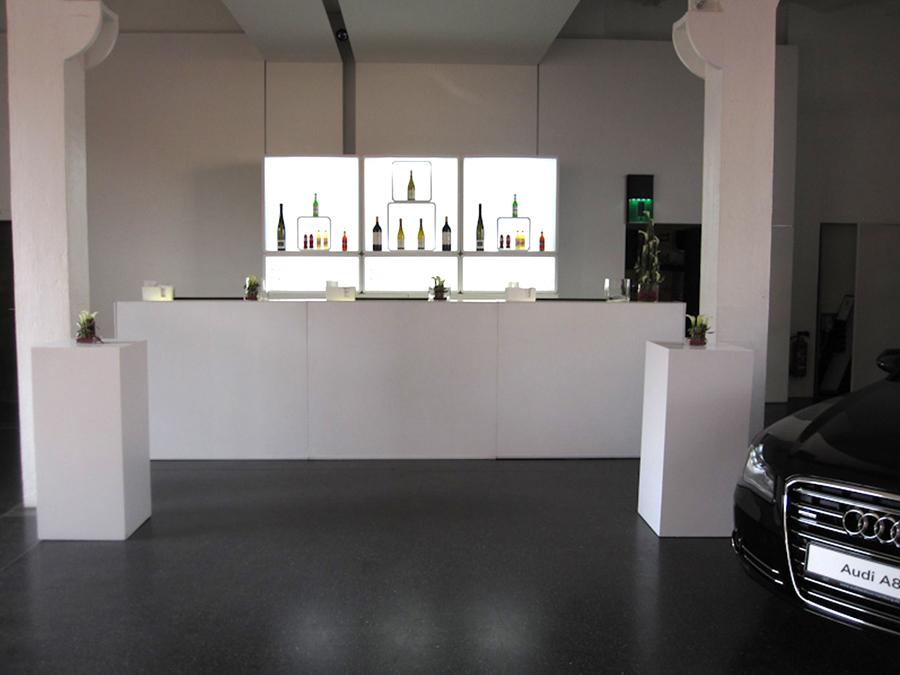 Die LUNABar im Prototyp Museum in Hamburg